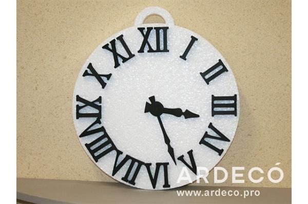 Часы материал пенопласт