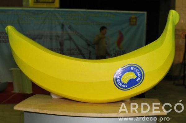 3D Банан из пенопласта