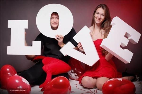 Объёмные буквы LOVE