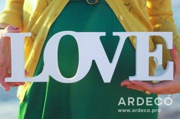 """Объемная надпись """"LOVE"""" для фотосессии"""