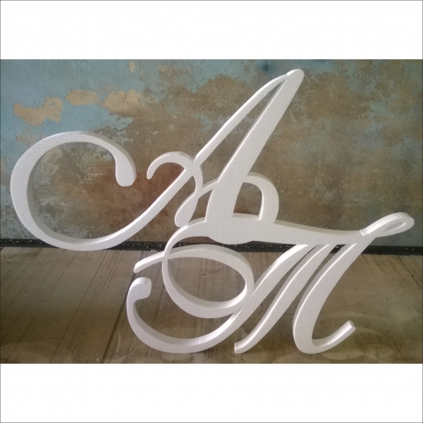 Объемные буквы, инициалы.